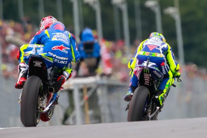 MotoGp, Dovizioso trionfa a Silverstone