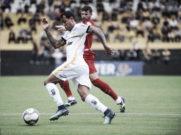 Criciúma e Vila Nova ficam no empate e permanecem na parte de baixo da tabela