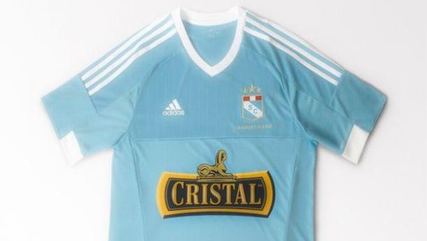 Sporting Cristal y su nueva camiseta para la temporada 2015