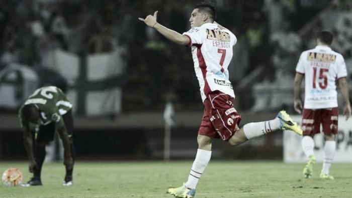 Resumen Huracán VAVEL: Cristian Espinoza