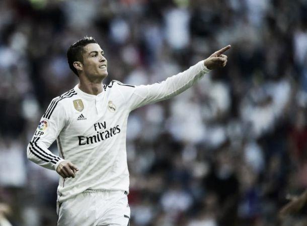 """Cristiano Ronaldo rompe il silenzio: """"Su di me solo falsità, resterò al Real"""""""