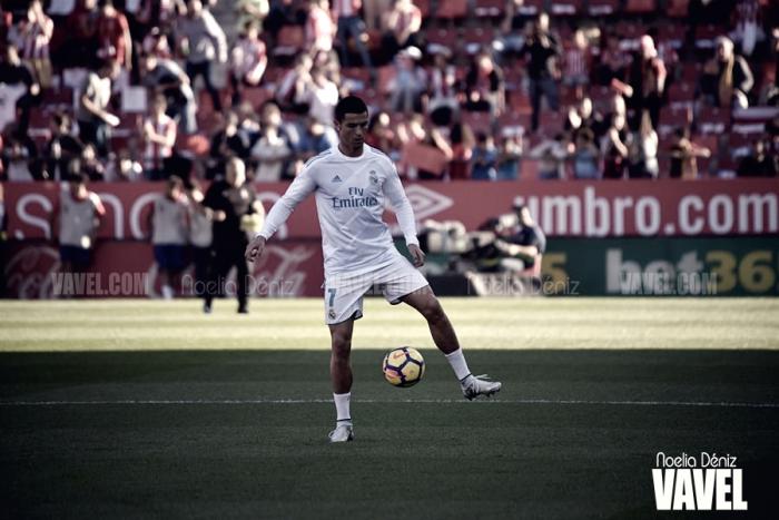 Cristiano recibe el trofeo de Mejor Goleador del Mundo en 2016 para la IFFHS