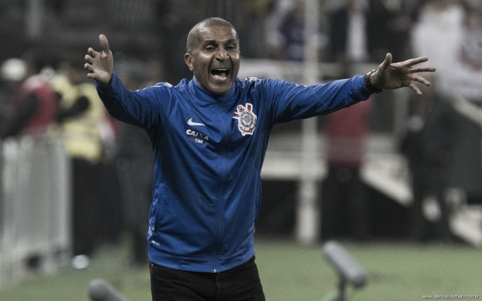 """Após empate sofrido, Cristóvão analisa: """"Tínhamos maior obrigação de ganhar"""""""