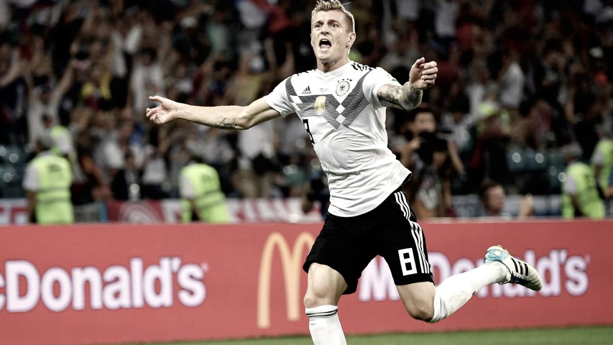 Kroos impidió la caída del campeón en Sochi