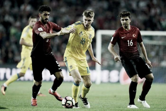 Qualificazioni Russia 2018, gruppo I - Croazia e Islanda per allungare, scontro diretto Turchia-Ucraina