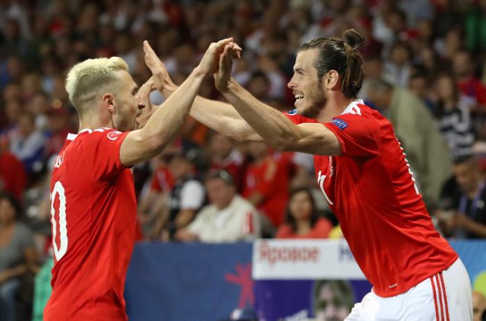 Spettacolo-Galles e disastro-Russia: serate da Euro 2016