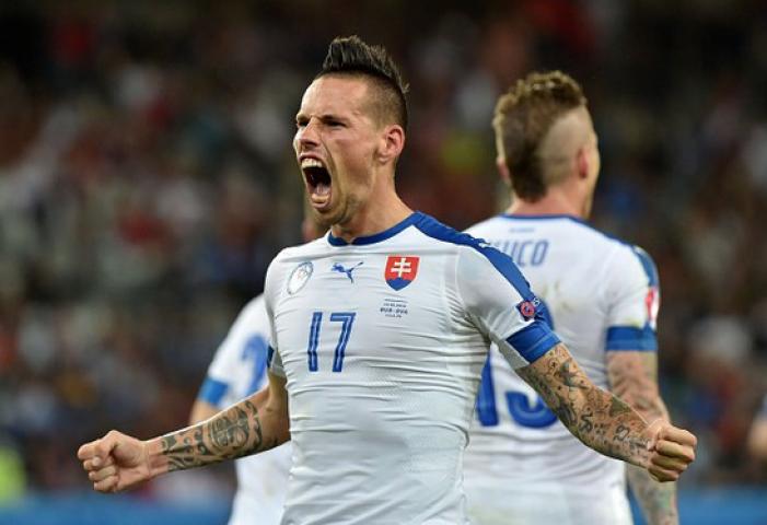 EuroVAVEL - Gruppo B, Slovacchia nella storia: prima vittoria agli Europei sulla Russia. Brilla Hamsik