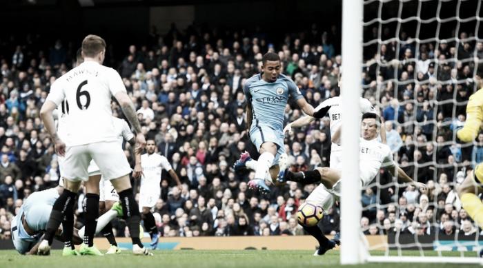 Premier League - Gabriel Jesus si prende il City: doppietta e gol decisivo, Swansea al tappeto (2-1)
