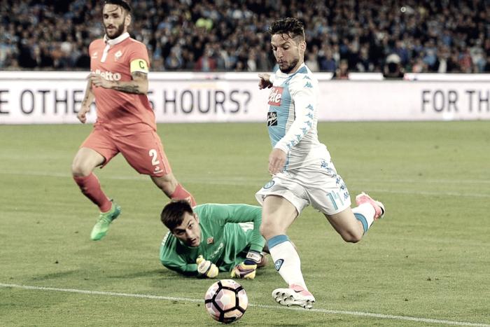 Serie A - Tanto, troppo Napoli per questa Fiorentina. È goleada (4-1)