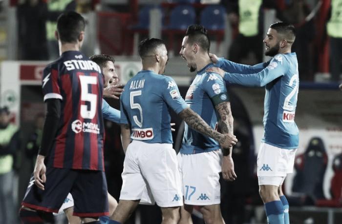 Hamsík marca pelo terceiro jogo seguido, Napoli vence Crotone e fecha 2017 na liderança
