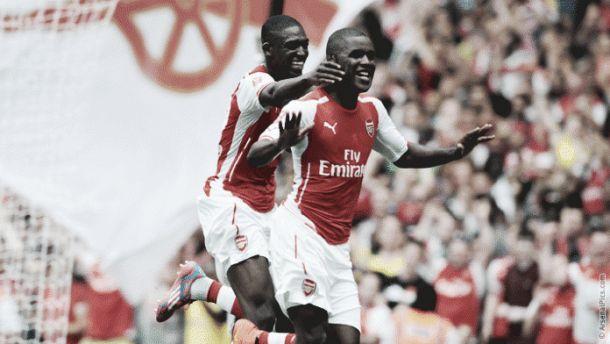 El Arsenal domina con contundencia el primer partido de la Emirates Cup