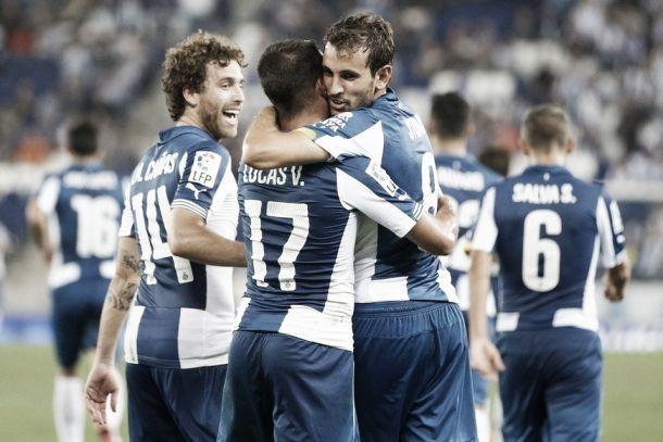 Stuani y Sergio García conducen al Espanyol a media tabla