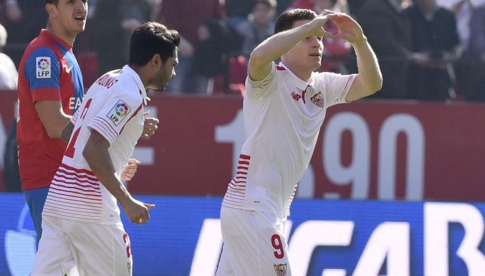 Un Sevilla espeso tumba a un buen Levante