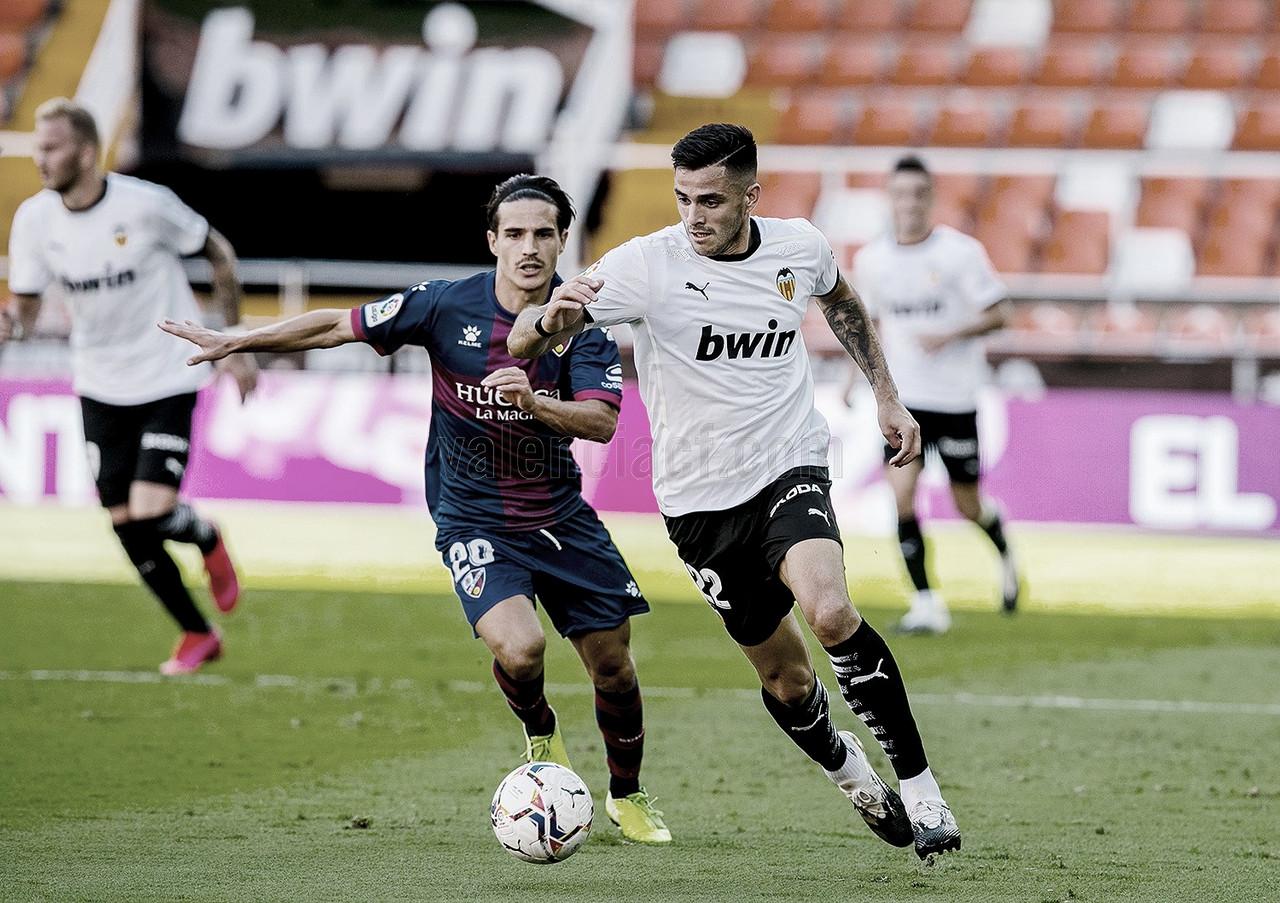 Un Huesca elegante saca un punto ante un Valencia inoperante