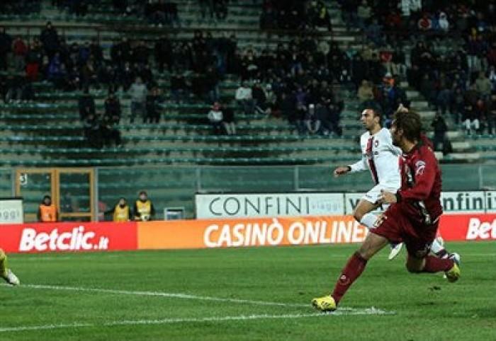 Serie B a reti bianche: pari tra Crotone e Spezia