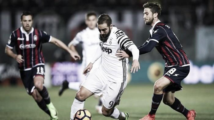 Crotone-Juve 0-2, le pagelle: rimandati Dani Alves e Pjaca