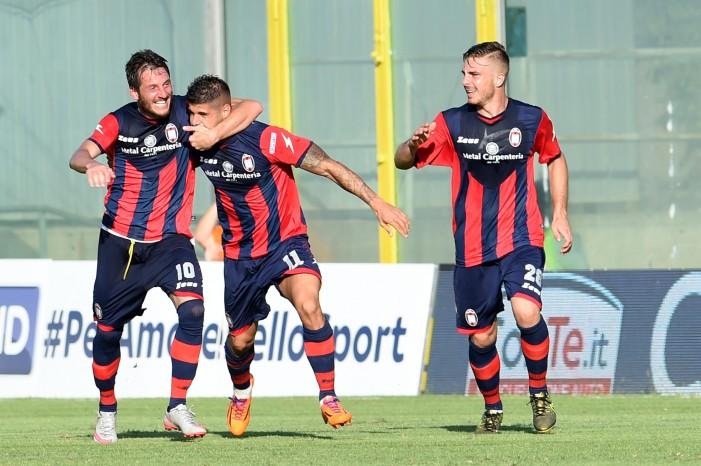 Serie B: il Crotone espugna il Silvio Piola