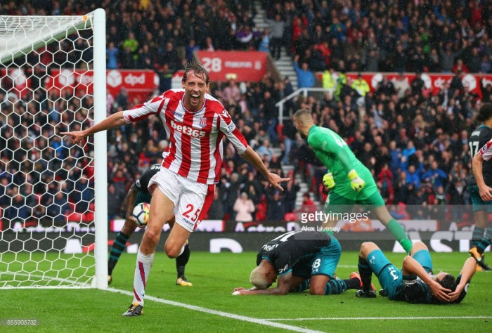 Stoke City 2-1 Southampton: Super-sub Crouch on hand with winner