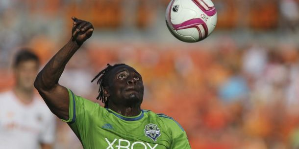Seattle Sounders Narrowly Escape Houston Dynamo With 1-1 Draw In Crucial Match