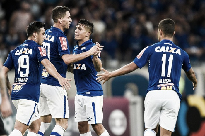 """Titular diante do Grêmio, Lucas Romero almeja sequência: """"Agarrar forte e não soltar nunca"""""""