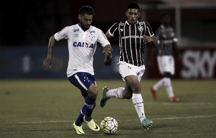 Cruzeiro encara Fluminense buscando garantir permanência na elite nacional