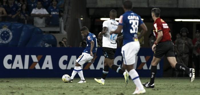 Jogadores do Cruzeiro avaliam derrota em casa e mantêm otimismo na partida de volta