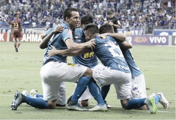 Cruzeiro vence Sport no Mineirão e continua sonhando com vaga no G-4 do Brasileirão