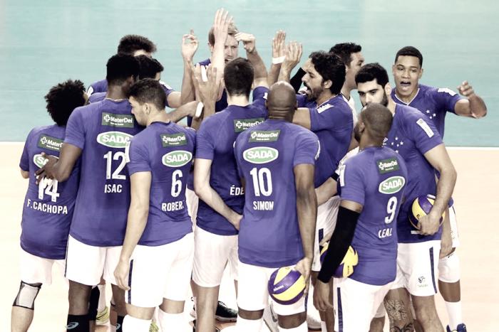 Isac e Cachopa apontam onde Cruzeiro deve melhorar após derrota para Sesc RJ na Superliga