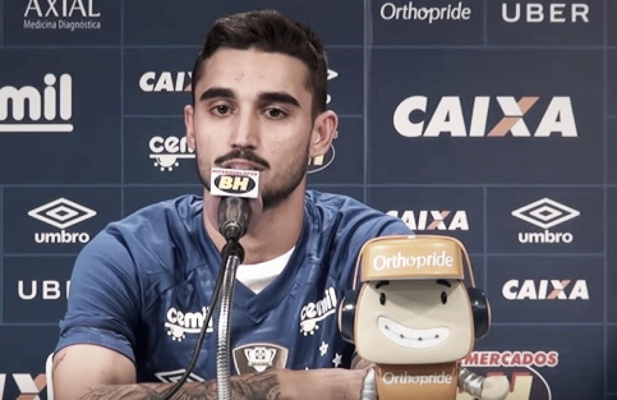 """Um dos destaques do Tupi, Patrick Brey é apresentado no Cruzeiro: """"Maior da minha carreira"""""""