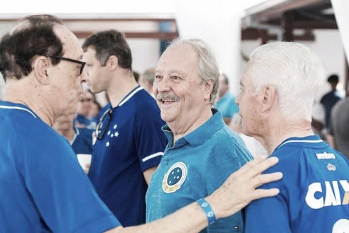 Presidente do Cruzeiro nega especulação sobre o atacante Fred