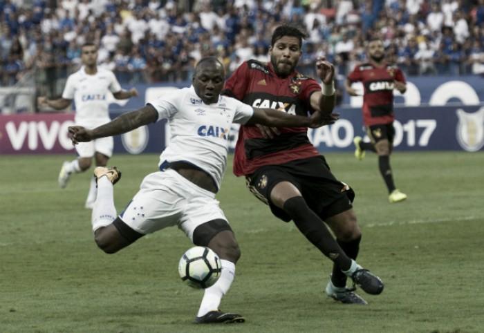 Cruzeiro bate Sport e entra no G6 do Brasileirão
