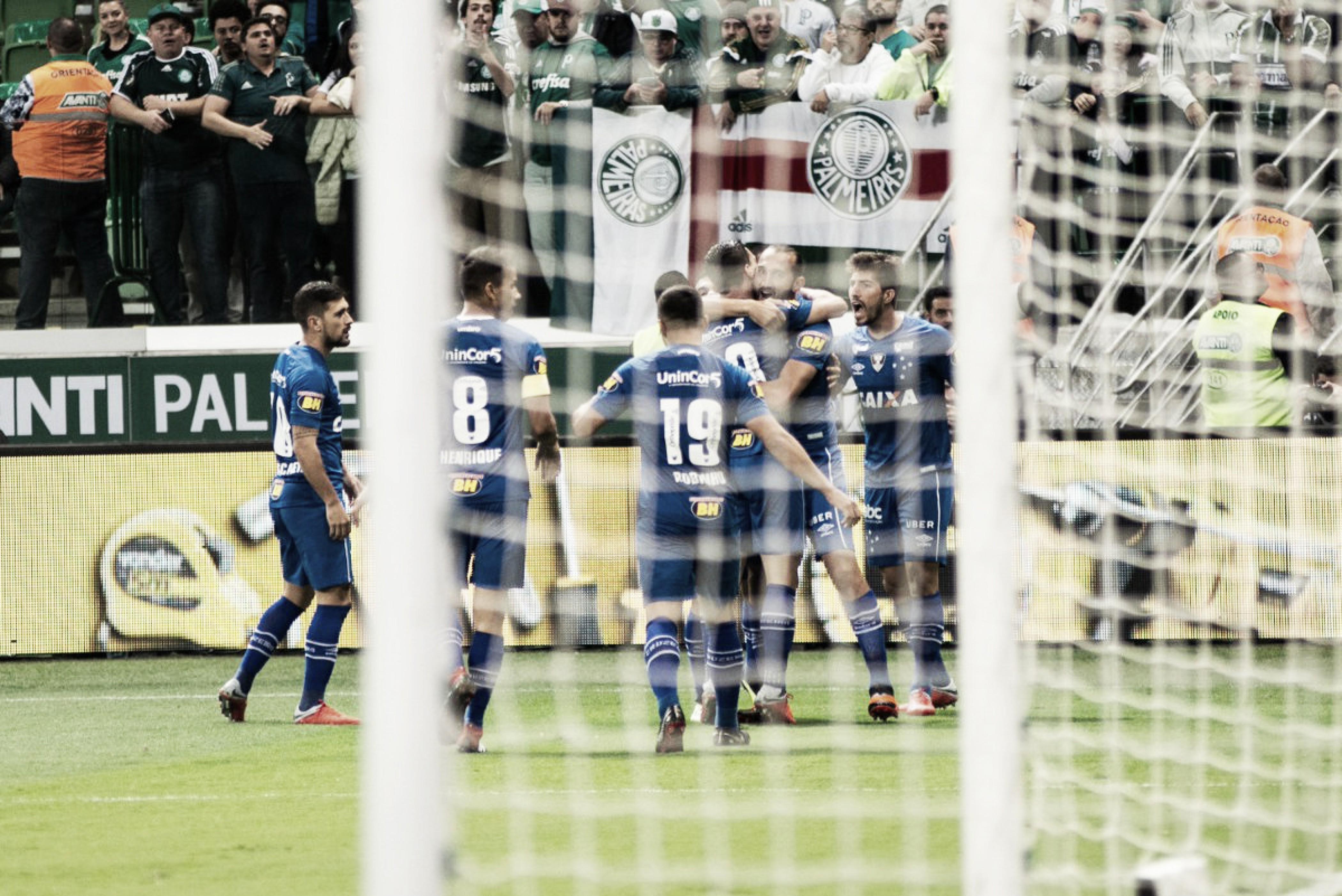 Com arbitragem polêmica, Cruzeiro vence Palmeiras e sai em vantagem na Copa do Brasil