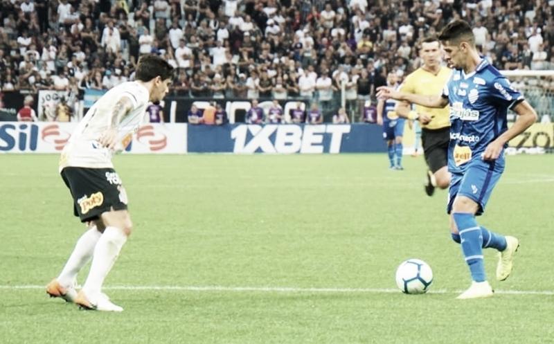 Buscando recuperação, CSA recebe o embalado Athletico no Rei Pelé