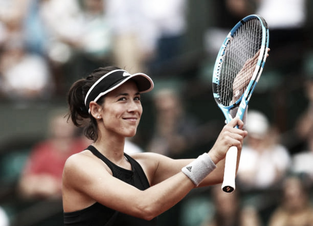 French Open: Garbine Muguruza storms past Samantha Stosur to reach fourth round