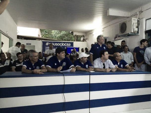 CSA apresenta elenco e comissão técnica para disputa do Campeonato Alagoano de 2015