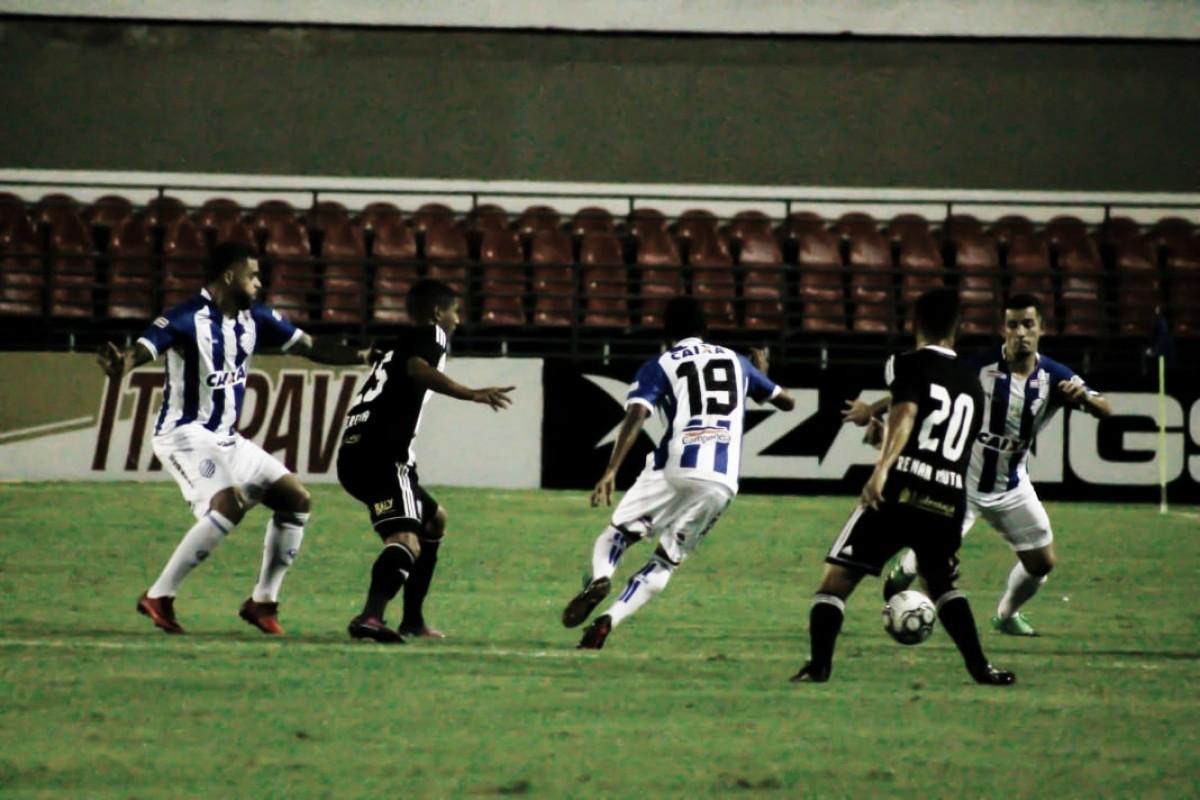 Figueirense recebe CSA buscando voltar a vencer em casa na Série B