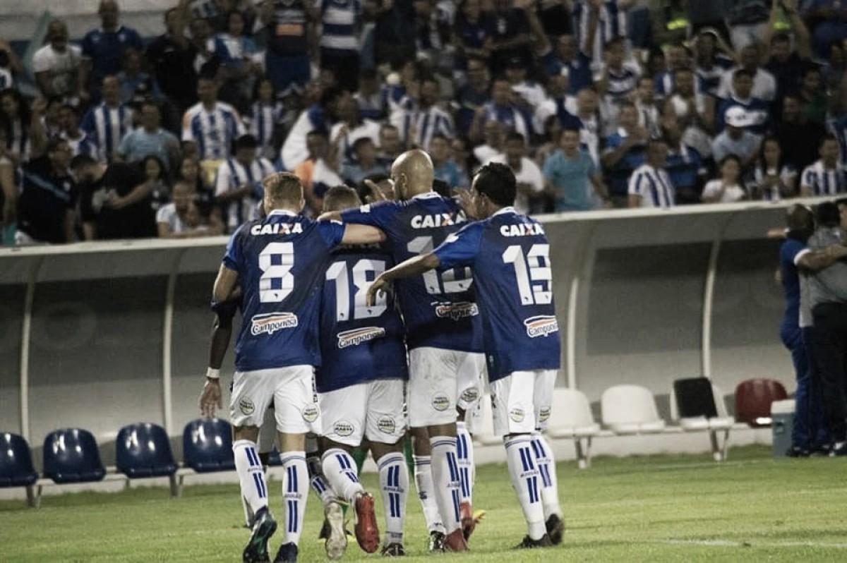 CSA bate Sampaio Corrêa com gol de Walter e volta à vice-liderança da Série B