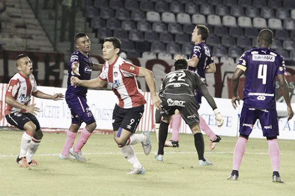 Un Medellín sin alma cayó 2-0 ante Junior