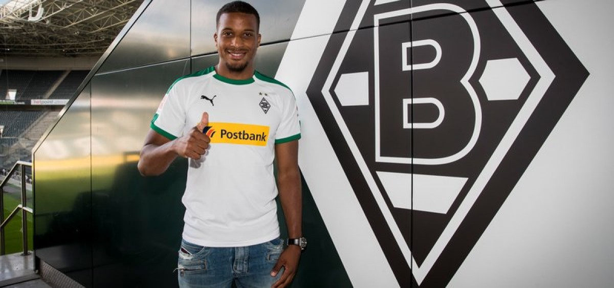 Borussia Mönchengladbach sign Alassane Pléa from Nice