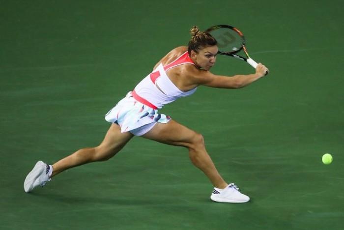 WTA Pechino, avanzano Kvitova e Halep