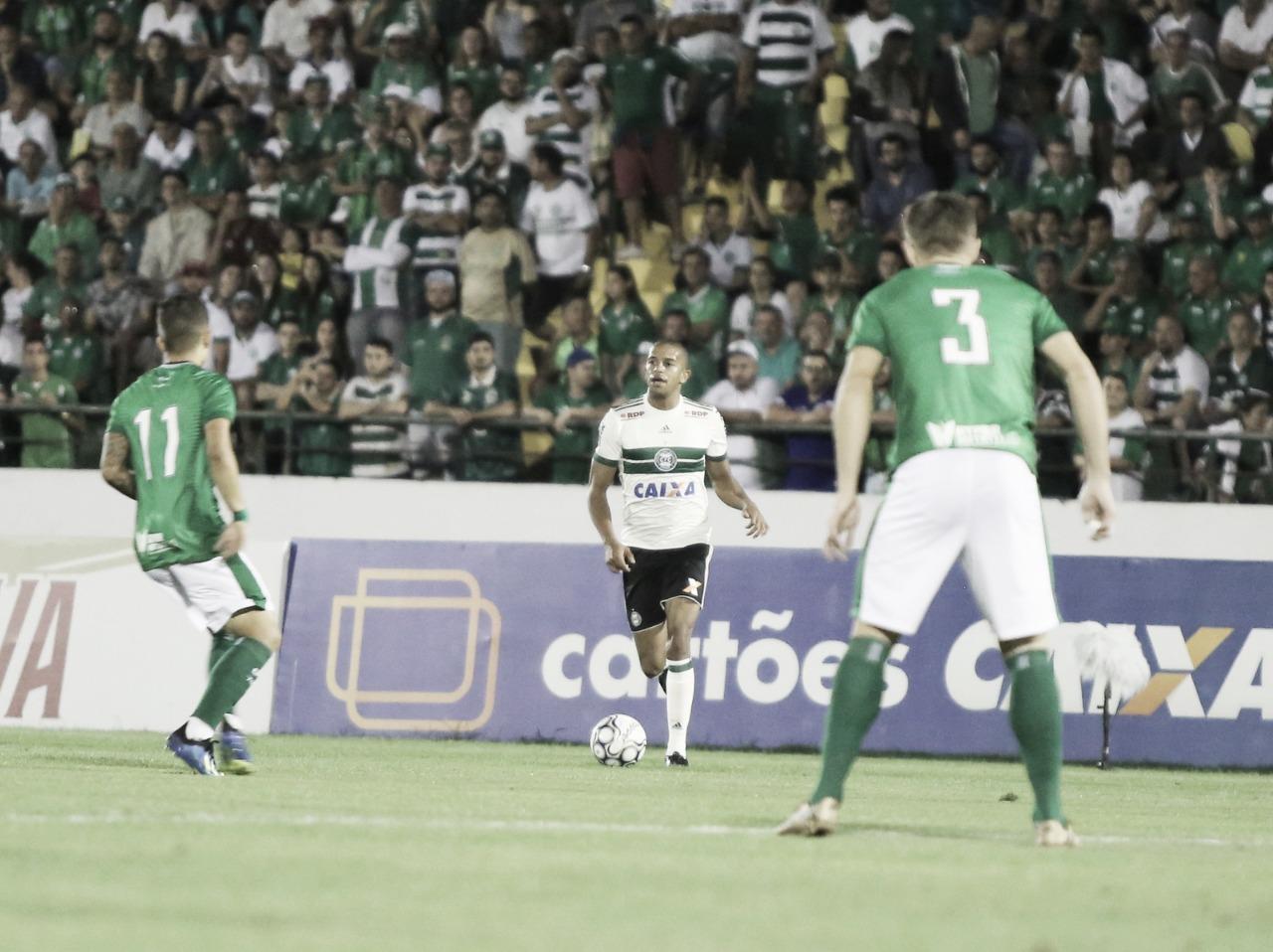 Coritiba e Guarani jogam em busca de novo ânimo na reta final da Série B