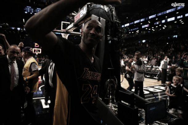 Com boa atuação de Kobe Bryant, Lakers bate Nets e conquista primeira vitória na temporada