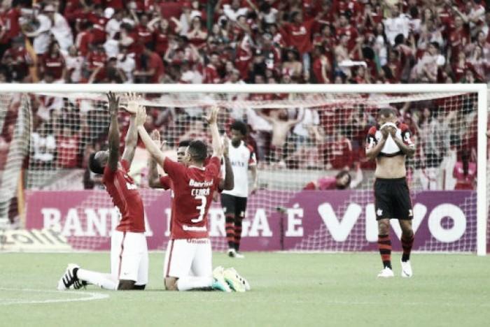 Com gol de Vitinho, Internacional vence Flamengo e sai do Z-4