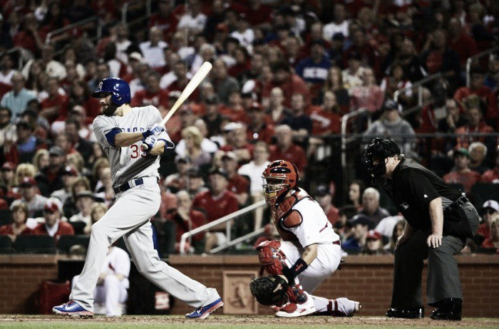 Jason Heyward's arm puts a stop to Cardinals rally
