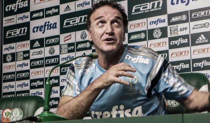 Cuca mostra confiança no elenco do Palmeiras e faz mistério para clássico contra Santos