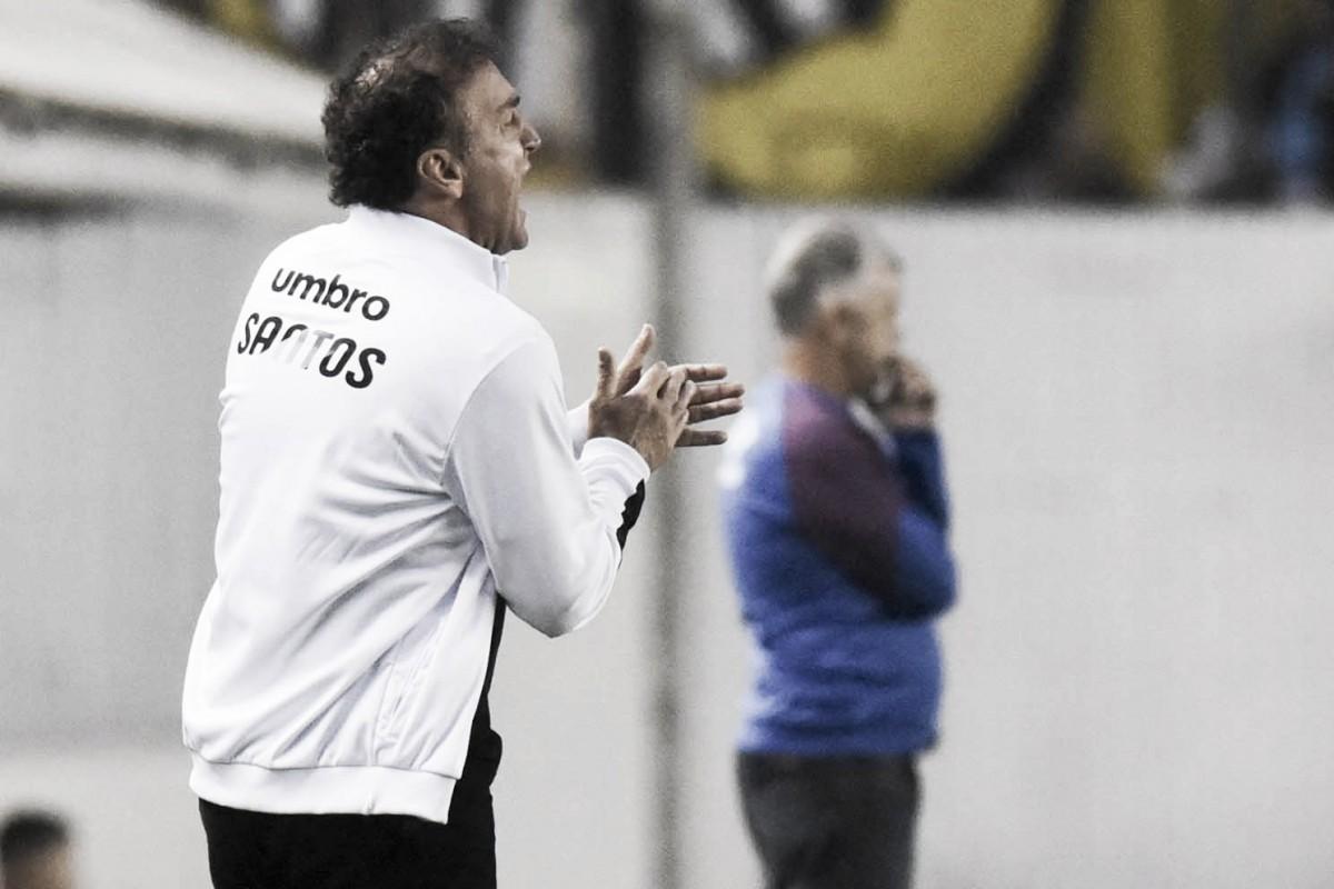 """Cuca explica trabalho individual e escolha de Gabriel como capitão: """"Carente de companhia"""""""