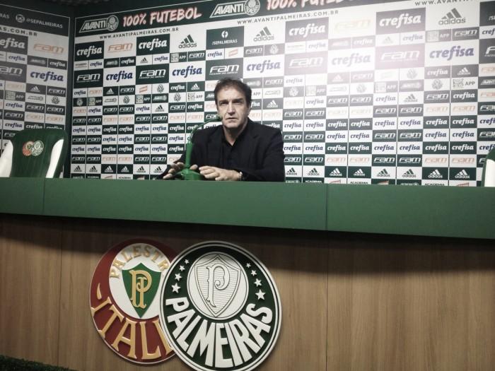 """Cuca minimiza erro de arbitragem e aprova atuação do Palmeiras: """"Quem veio, ficou satisfeito"""""""