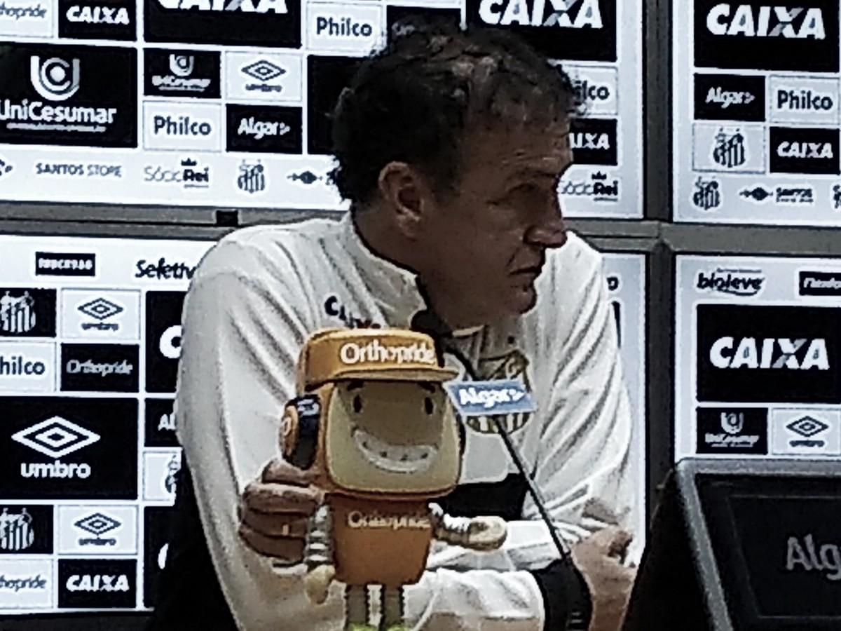 """Cuca minimiza fase negativa do Santos na Vila Belmiro: """"É provisório"""""""