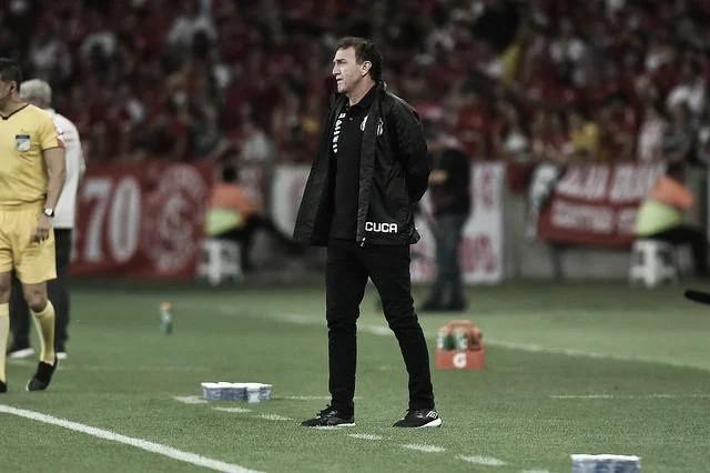 Santos confirma retorno do técnico Cuca