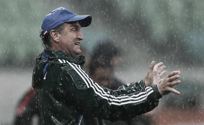 Cuca exalta atuação na vitória sobre o Inter e evita ansiedade para título do Brasileiro